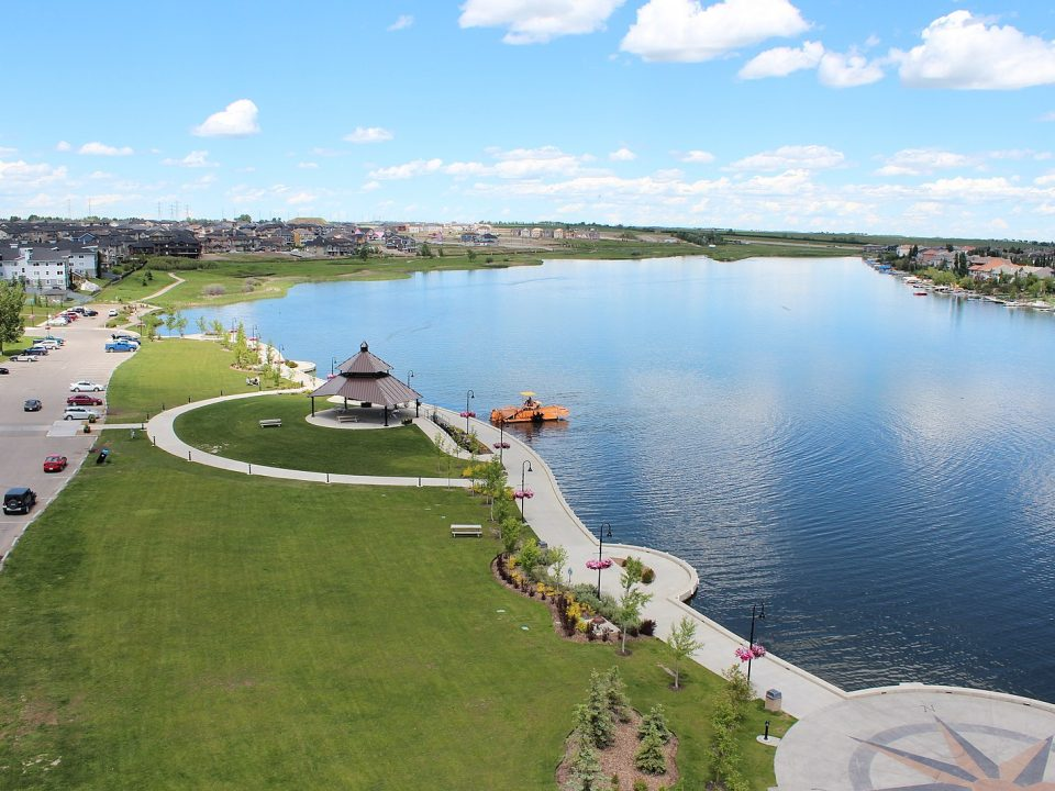 Chestermere moving